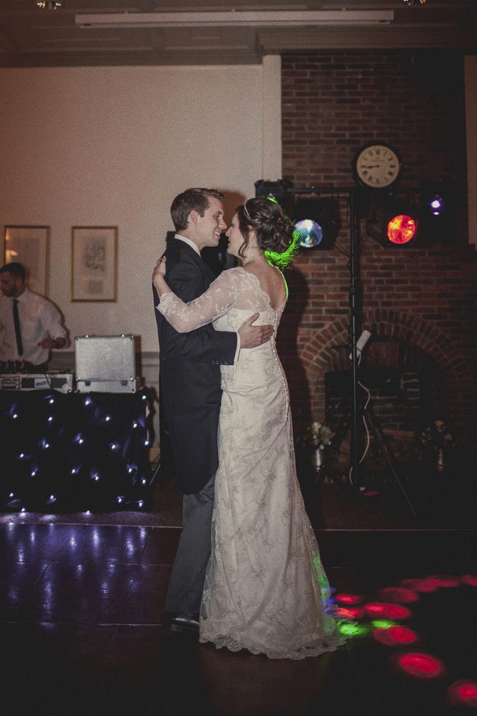 AndrewAnnette Talbot Inn Wedding Photographer 0159