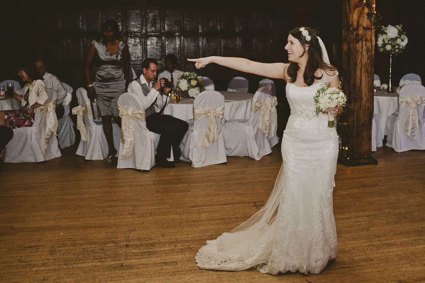 LewisAnna Great Fosters Wedding Photographer 0107 1
