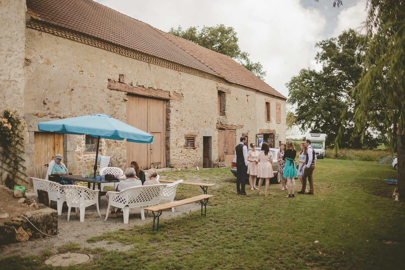anthonytyler saint hillaire la treille france wedding photographer 0027