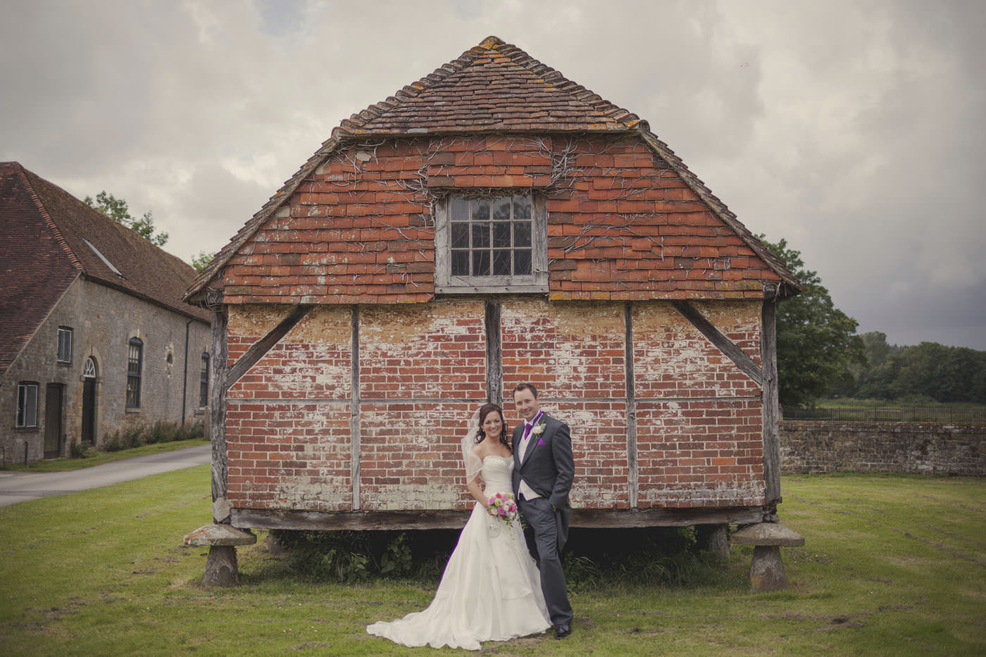 chrissarah walled garden midhurst wedding photographer 0080