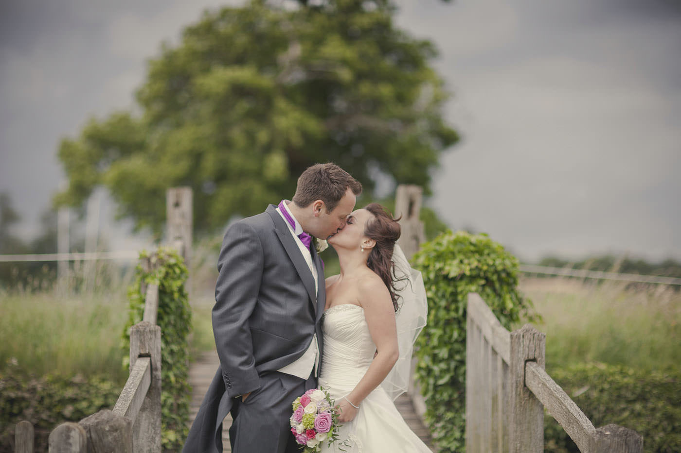 chrissarah walled garden midhurst wedding photographer 0081