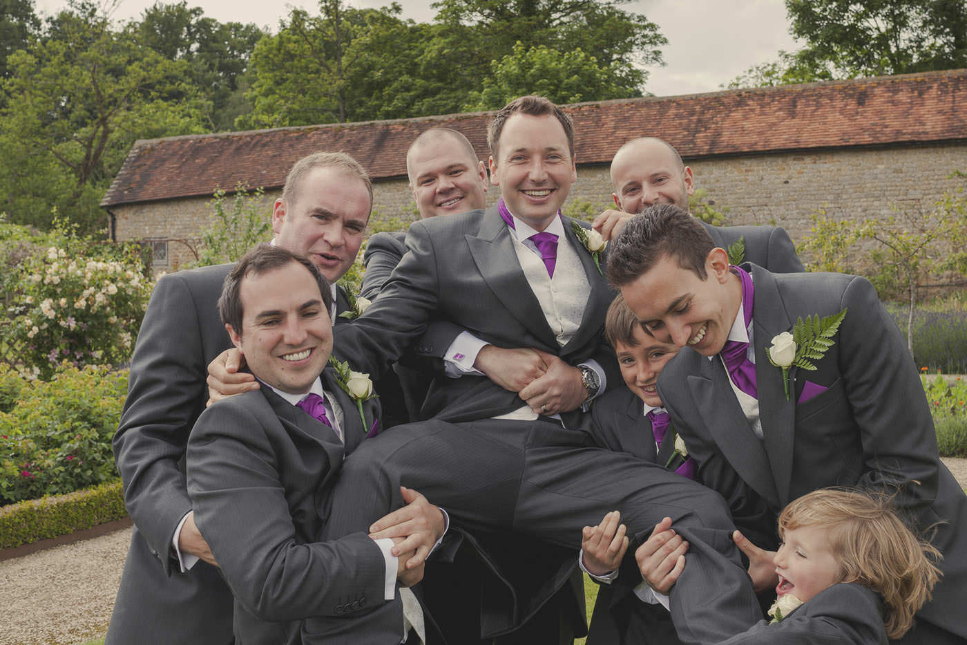 chrissarah walled garden midhurst wedding photographer 0088