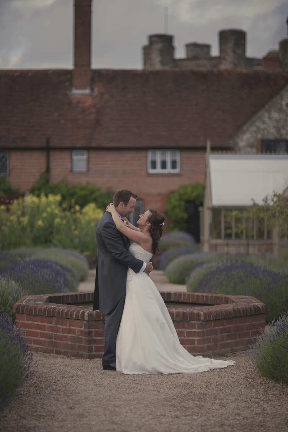 chrissarah walled garden midhurst wedding photographer 0132