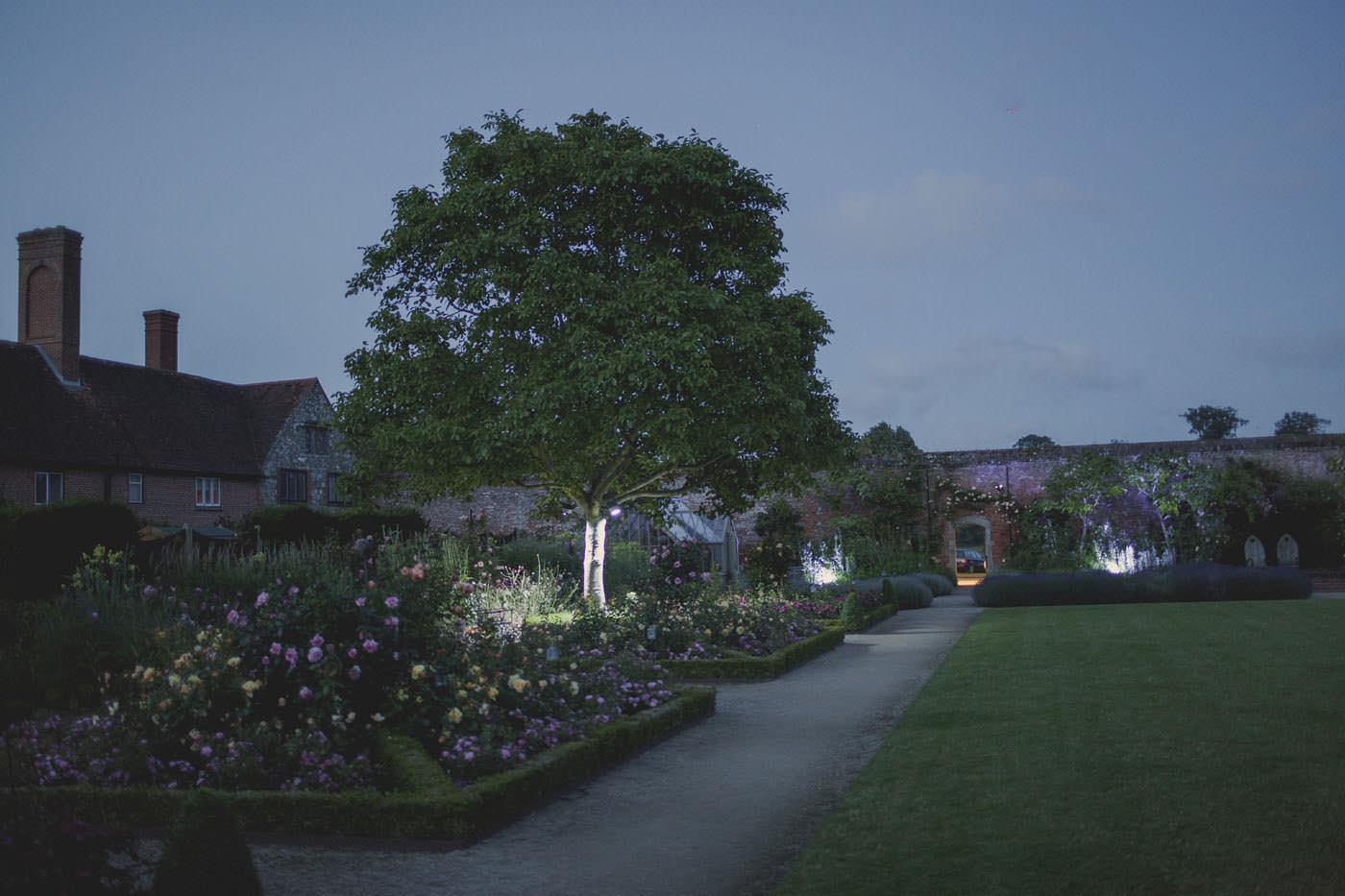 chrissarah walled garden midhurst wedding photographer 0154