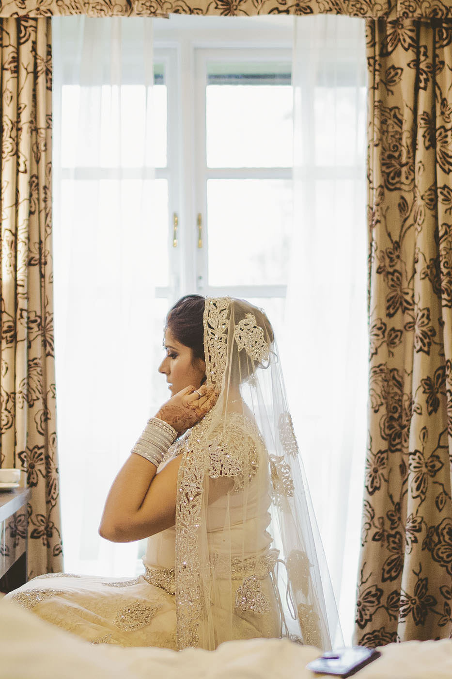 edmundjasveen burford bridge hotel wedding photographer 0029