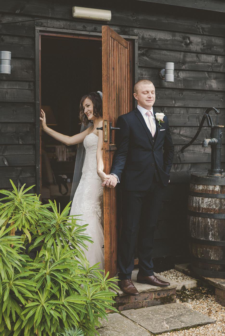 adamzoe gate street barn wedding photographer 0034
