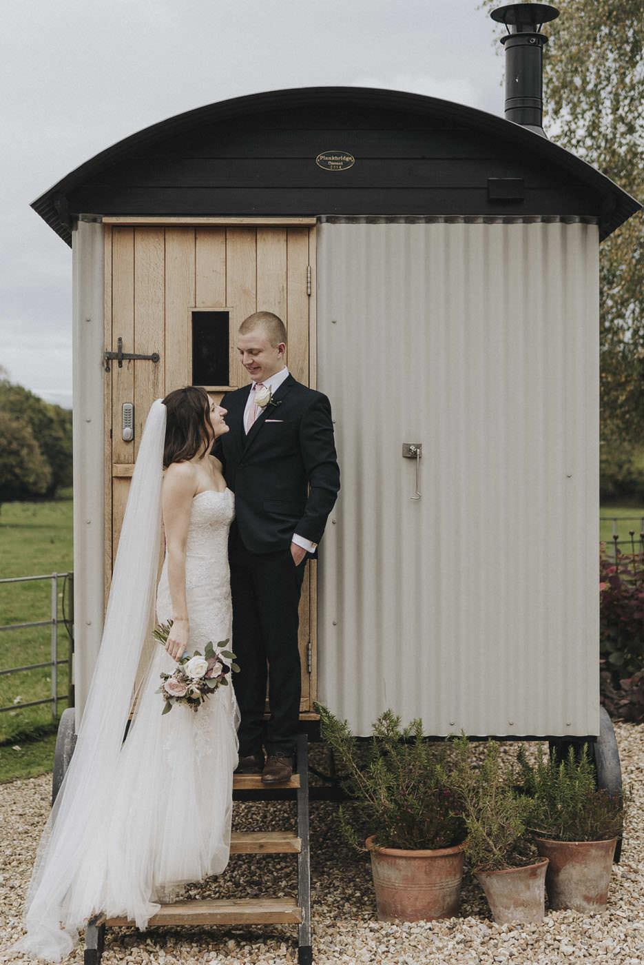 adamzoe gate street barn wedding photographer 0113