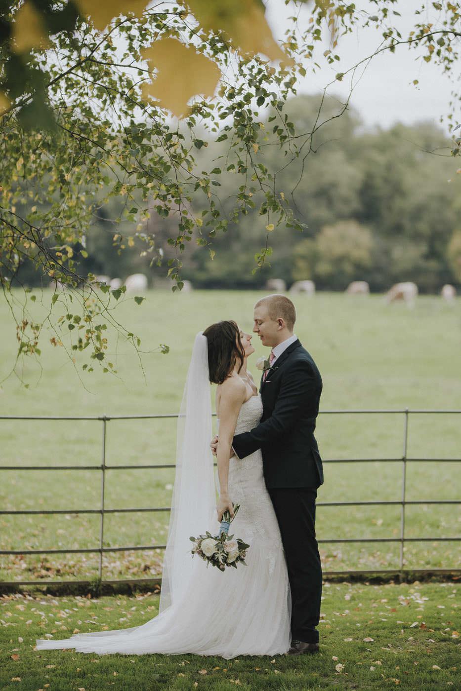 adamzoe gate street barn wedding photographer 0117
