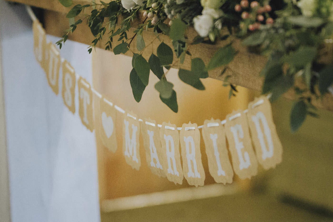 adamzoe gate street barn wedding photographer 0122