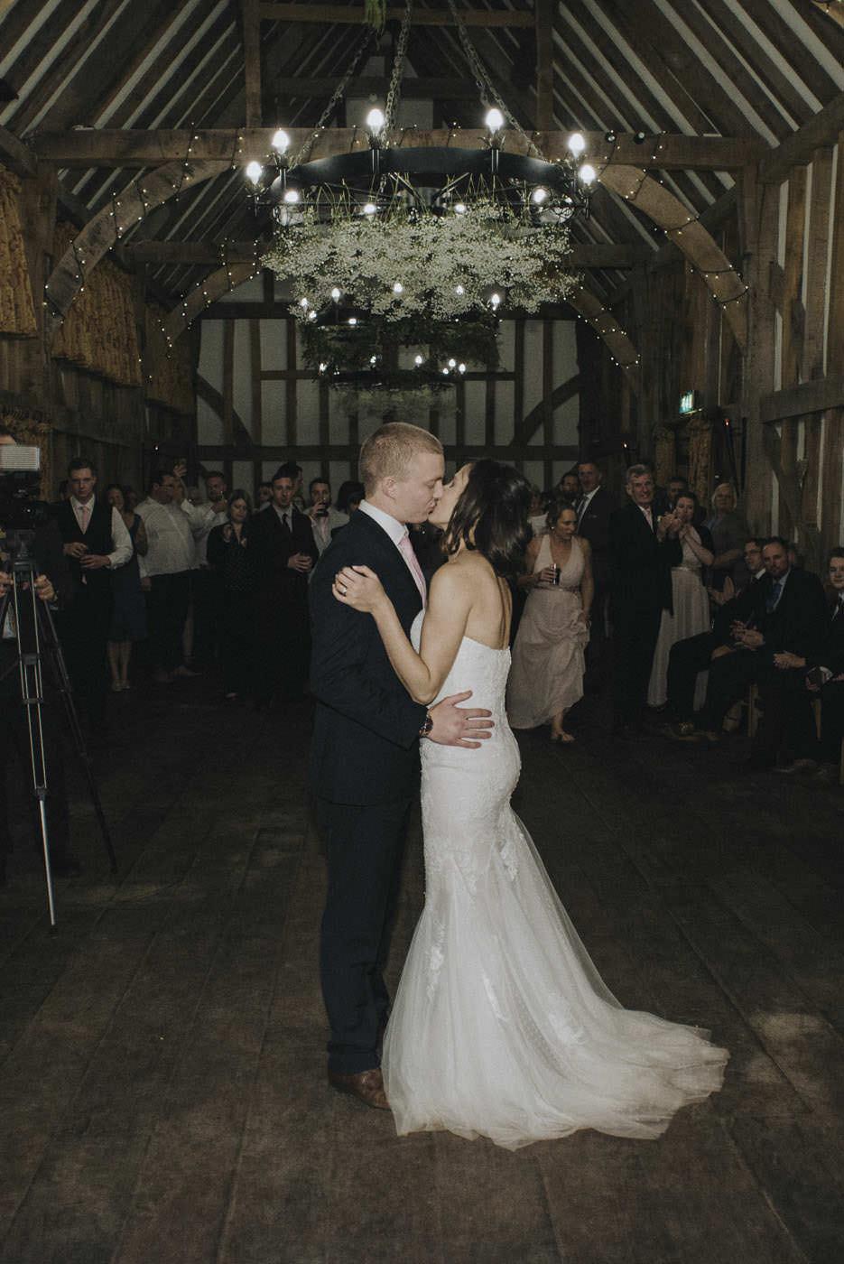 adamzoe gate street barn wedding photographer 0135