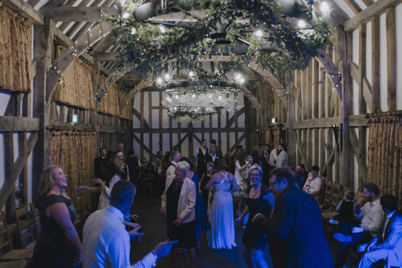 adamzoe gate street barn wedding photographer 0147